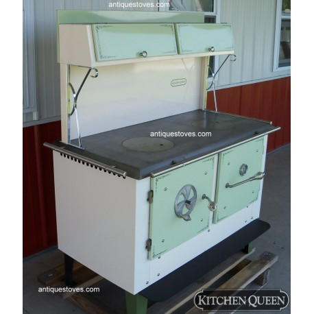 Kitchen Queen 380 Wood Cook  Stove  Green and Cream